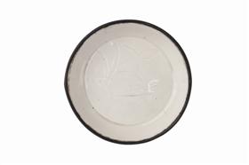 宋代定窑白釉盘上的游鱼纹