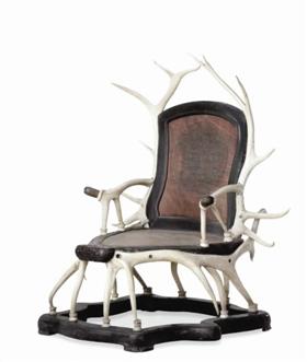 北京故宫博物院珍藏的鹿角椅