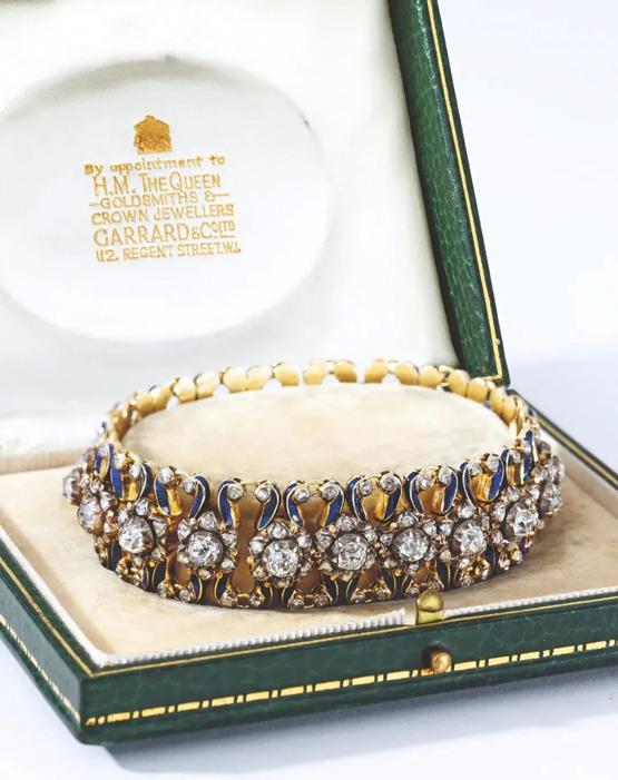 皇室珠宝现身香港�K富比春拍!古董珠宝热卷全球