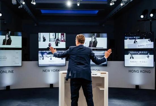 苏富比纽约网上直播拍卖成交额达3.6亿美元