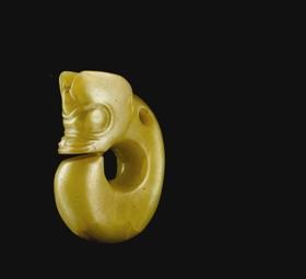 新石器时代红山文化黄玉猪龙