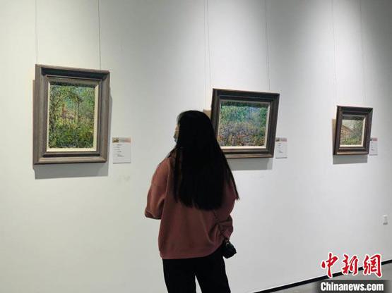 """""""俄罗斯著名画家油画精品展""""启幕引八方游客驻足"""