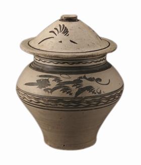 元代磁州窑 白釉黑花罐