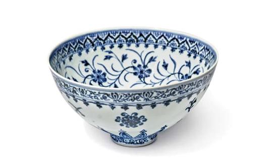 美拍卖罕见青花瓷碗:估价50万美元 卖家入手仅花35美元