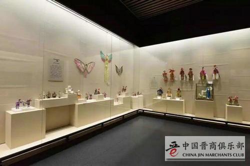 亨利德国际拍卖平台让艺术品更亲民