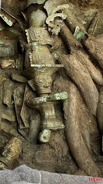 中国考古学会理事长:青铜顶尊人像为何如此重要?-中国现代收藏网
